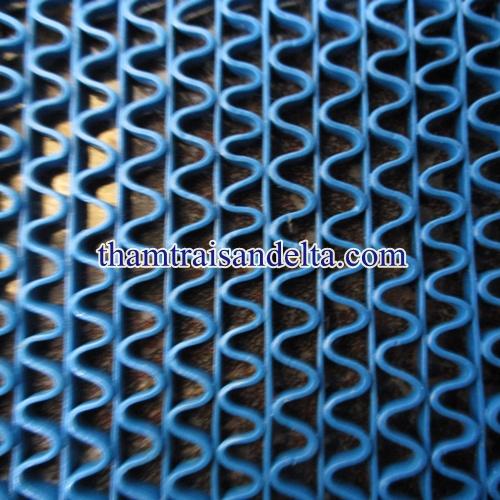 thảm nhựa lưới màu xanh lam