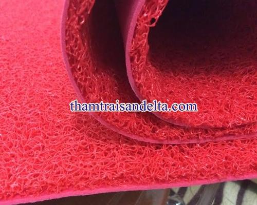 thảm nhựa rối màu đỏ