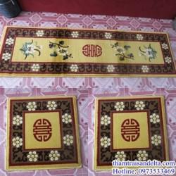 Thảm trải ghế gỗ chữ thọ màu vàng